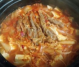 韩剧标配~泡菜肥牛锅的做法