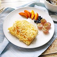 #花10分钟,做一道菜!#快手奶香网丝饼
