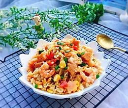 午餐肉鲜虾蛋炒饭的做法