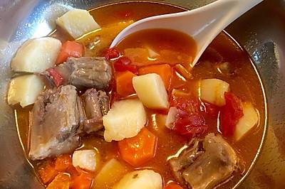 西红柿土豆胡萝卜牛尾骨汤