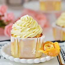 芒果纸杯蛋糕
