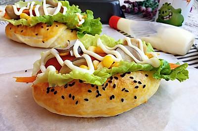 蘑菇热狗肠包#一起吃西餐#