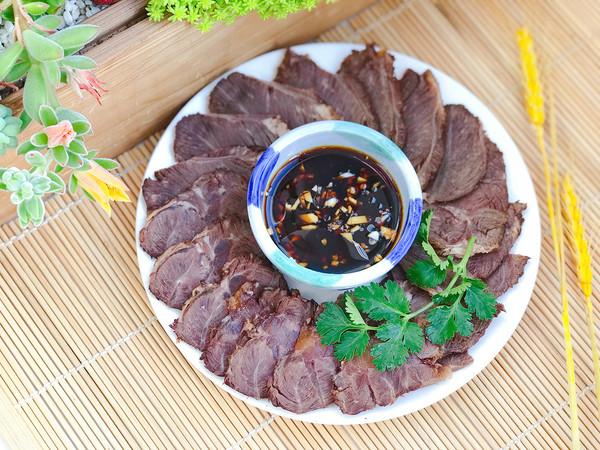 高压锅版酱牛肉的做法