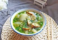 #憋在家里吃什么#消灭家里丸子新吃法:简单快手冬瓜丸子汤的做法