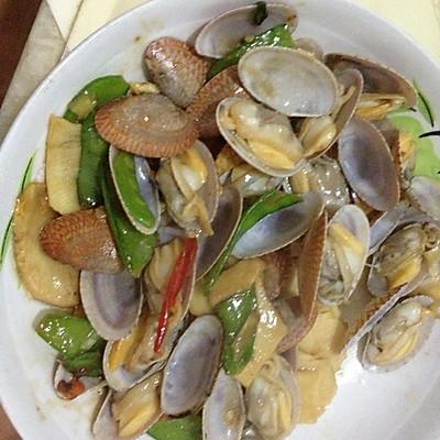 春笋荷兰豆炒油蛤