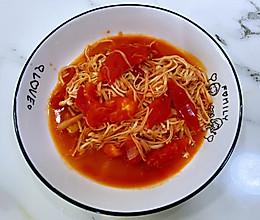 【孕妇食谱】番茄炒金针菇,红白搭配,营养丰富还超级下饭!的做法
