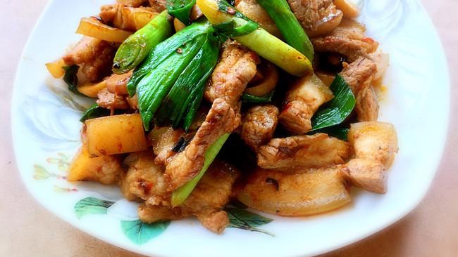 家常杏鲍菇回锅肉的做法