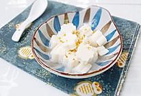 #520,美食撩动TA的心!# 牛奶杏仁豆腐的做法