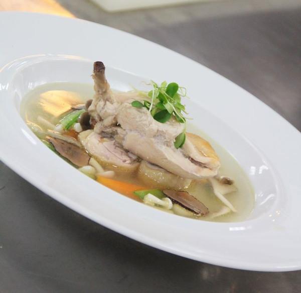 意式鸡肉汤煲的做法