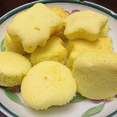 蛋黄小蛋糕