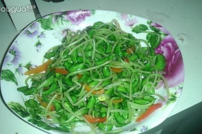 红椒炒豆苗