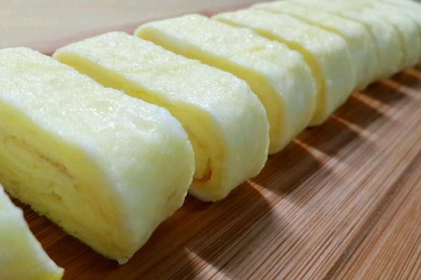 【寝室速成版】电饭煲煎蛋鸡蛋卷的做法