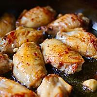 #一人一道拿手菜#家庭版炸鸡翅的做法图解5