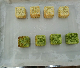 莲蓉抹茶小月饼的做法