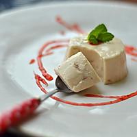 草莓椰浆奶油布丁的做法图解3