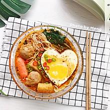 【简单快手】麻辣酸汤面#美食新势力#