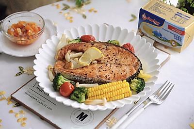 黄油烤三文鱼