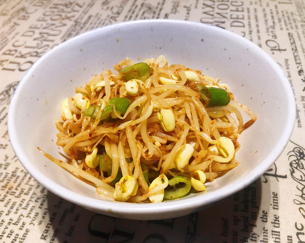 爽脆的韩式拌黄豆芽的做法