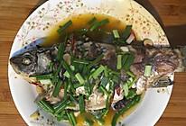 青红椒鲫鱼的做法