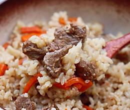 #肉食主义狂欢#羊肉抓饭:简单到只需酱油和盐调味,太诱人!的做法