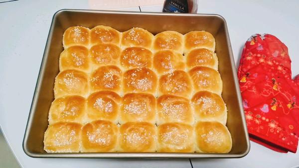 手揉版简单易做奶香小餐包(小面包)的做法