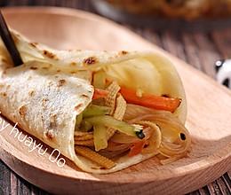 河南烙馍卷大拌菜的做法
