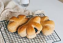 肉桂豆沙花朵面包的做法