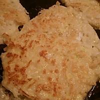 巧做剩饭之——香煎面条鸡蛋饼的做法图解5