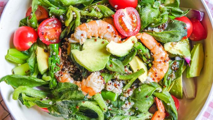 健康减脂 冰菜虾仁藜麦牛油果沙拉