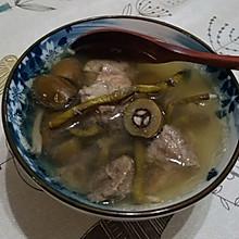 石斛橄榄瘦肉汤
