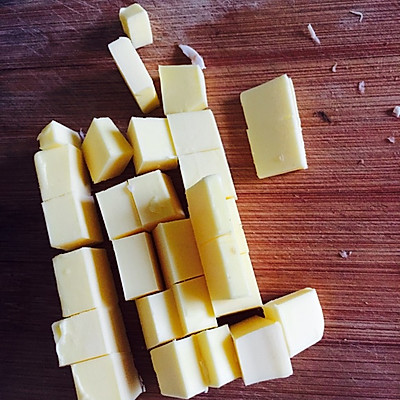 黄油焗蘑菇的做法 步骤2