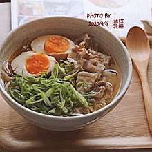 日式五花肉荞麦面#换着花样吃早餐#
