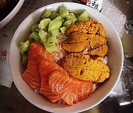 三文鱼海胆鱼生饭的做法