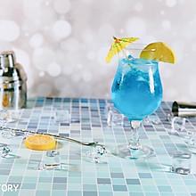 带着恋爱味道的鸡尾酒—蓝色恋人