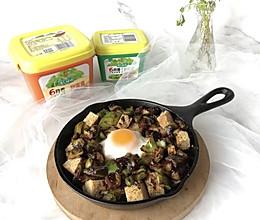 #一勺葱伴侣,成就招牌美味#豆瓣酱青椒炖蛋的做法