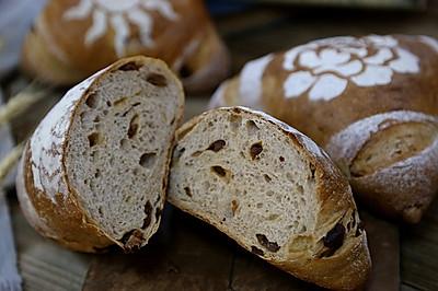 红酒葡萄干全麦面包