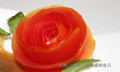 番茄玫瑰花 (盘边装饰)的做法
