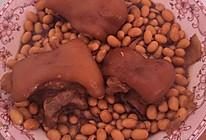 红烧猪脚炖黄豆的做法