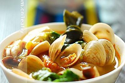 韩式泡菜海鲜汤