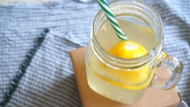 夏日清凉柠檬饮-献给微醺的你的做法
