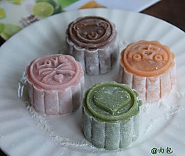 月饼的花样年华【冰皮月饼】。。。豆沙蛋黄芯的做法