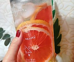 夏天的味道—西柚蜜茶的做法