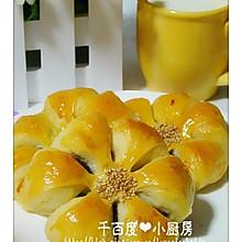 菊花豆沙包