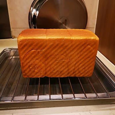 面包机出手套膜→柔软拉丝奶香吐司