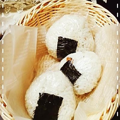 「海贼王Sanji料理」⑾尾田老师最爱の鲔鱼饭团