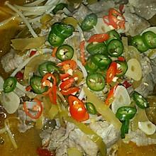 酸菜肥牛金针菇煲