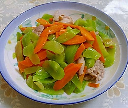 莴苣胡萝卜炒肉片的做法