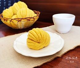 一根筷子卷出盘丝花卷(南瓜花卷)的做法