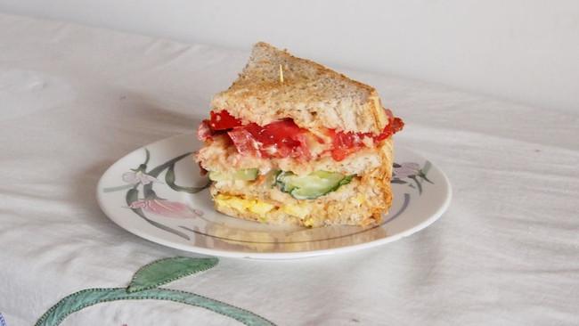 公司三明治Club House Sandwich的做法