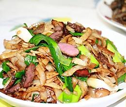 家乡特色风味的腊肉炒豆丝的做法